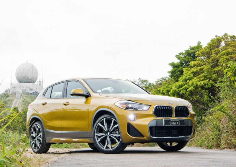 BMW X2 whole car view