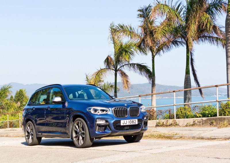 BMW X3 front view